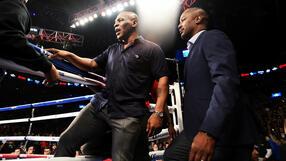 Mike Tyson vs Roy Jones Jr. - Karta walk: Kto z kim walczy na gali?