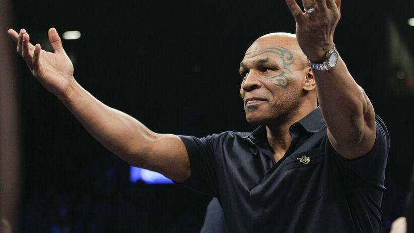 Mike Tyson vs Roy Jones Jr: TRANSMISJA